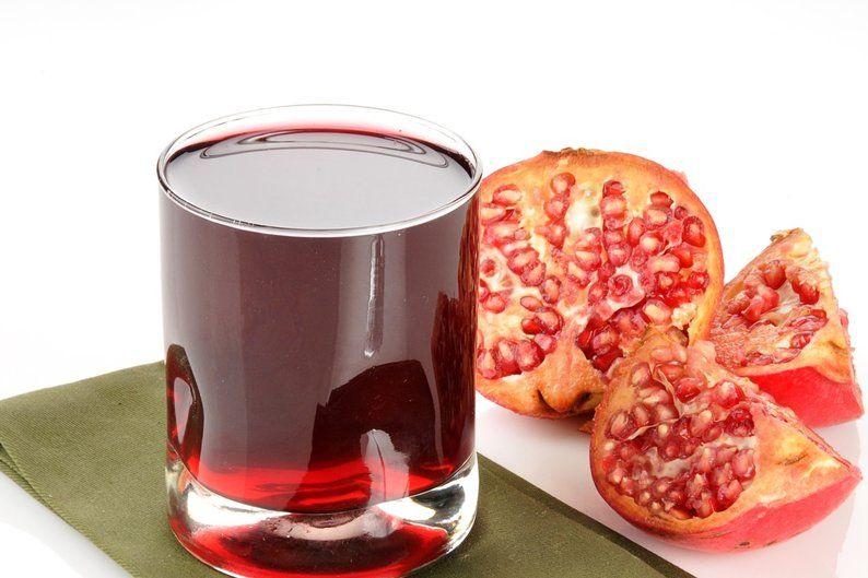 Slik får du ut juicen av et granateple