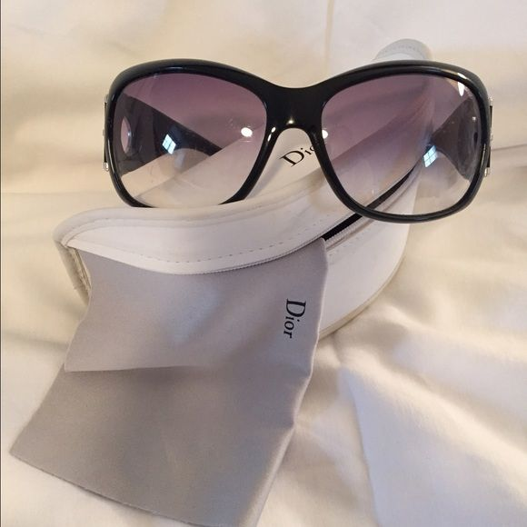 Christian Dior sunglasses Authentic CD sunglasses. In good condition. Slight wear & scratches. Dior Accessories Sunglasses