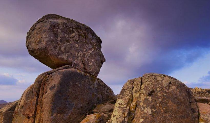 Τα πετρώματα στο χωριό της Τήνου, Βόλακα