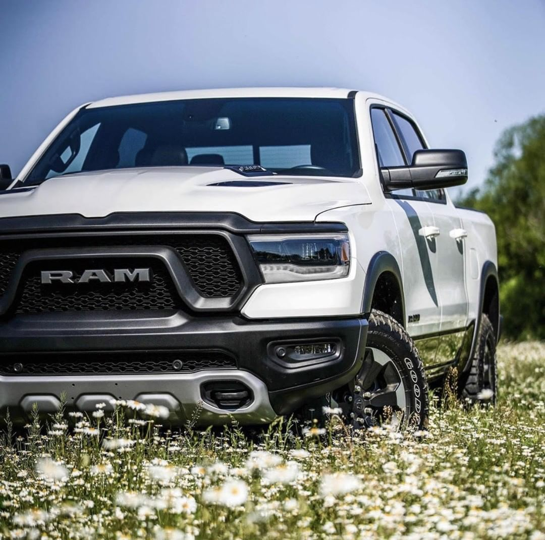 Dodge Ram Needs The Xb Led Headlights Chrysler Dodge Jeep Led Headlights Dodge Trucks Ram