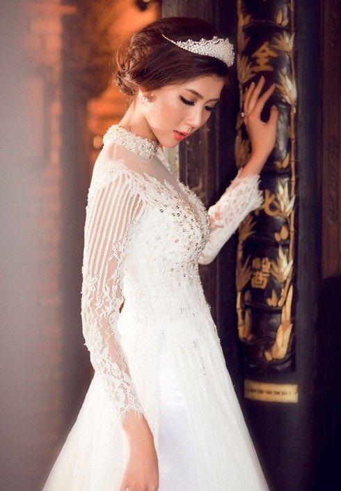 Ngọc Quyên đẹp như trong tranh với áo dài cưới - Thời