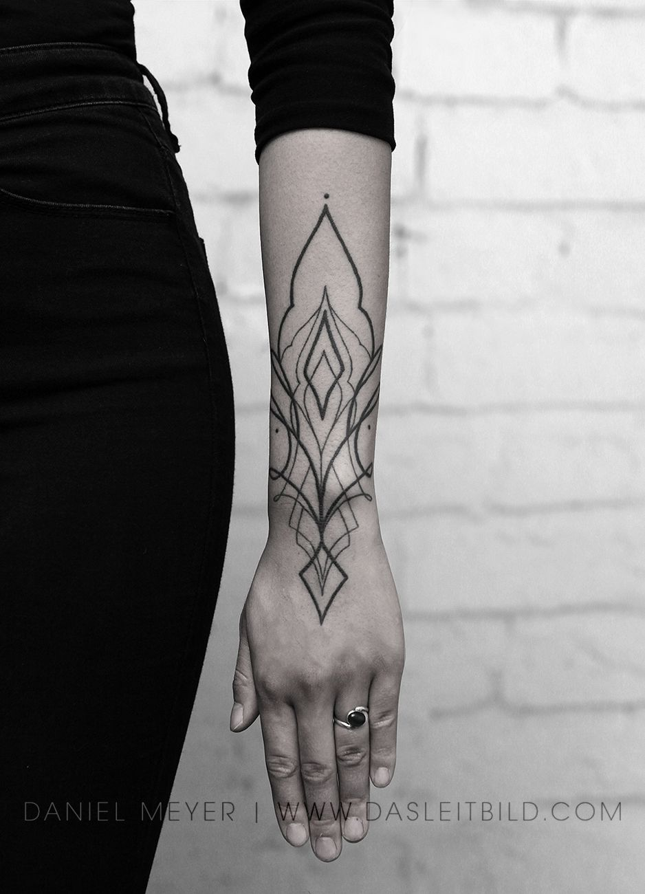 Ornamental Simplistic Arm And Hand Tattoo Forearm Tattoo Women Tribal Hand Tattoos Wrist Tattoos For Women
