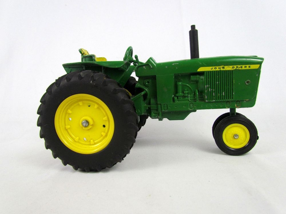Metal Toy Tractors >> Pin On Vintage Toys