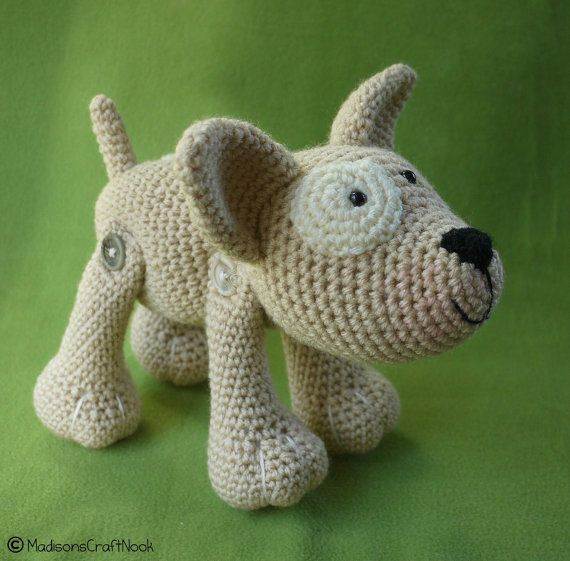 Pattern for dog for sale...I really like how this is joined using buttons