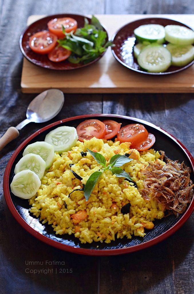 Nasi Goreng Kunyit Kemangi Ebi di 2019 Nasi goreng