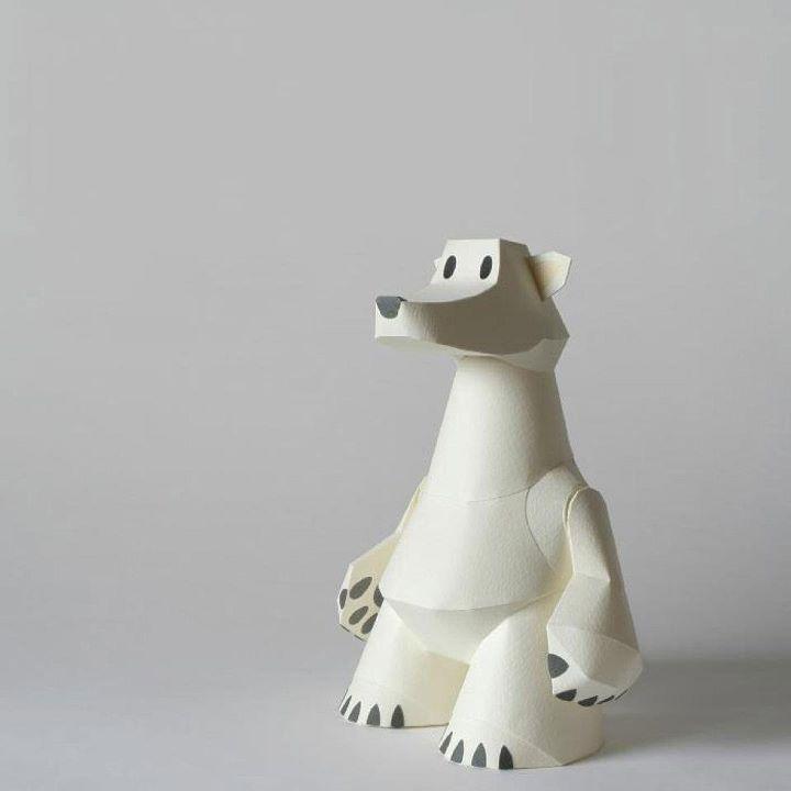 December 2011  Paper toy polar bear, by Tetsuya Watabe   kamimodel.com
