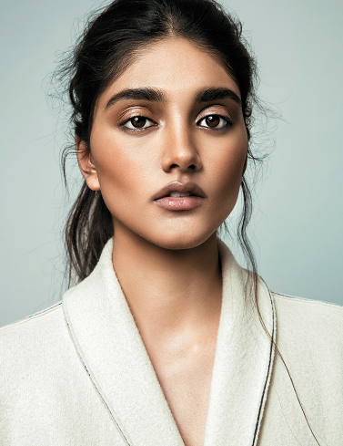 Neelam Gill L Models In 2019 Neelam Gill Ethnic Hairstyles Makeup