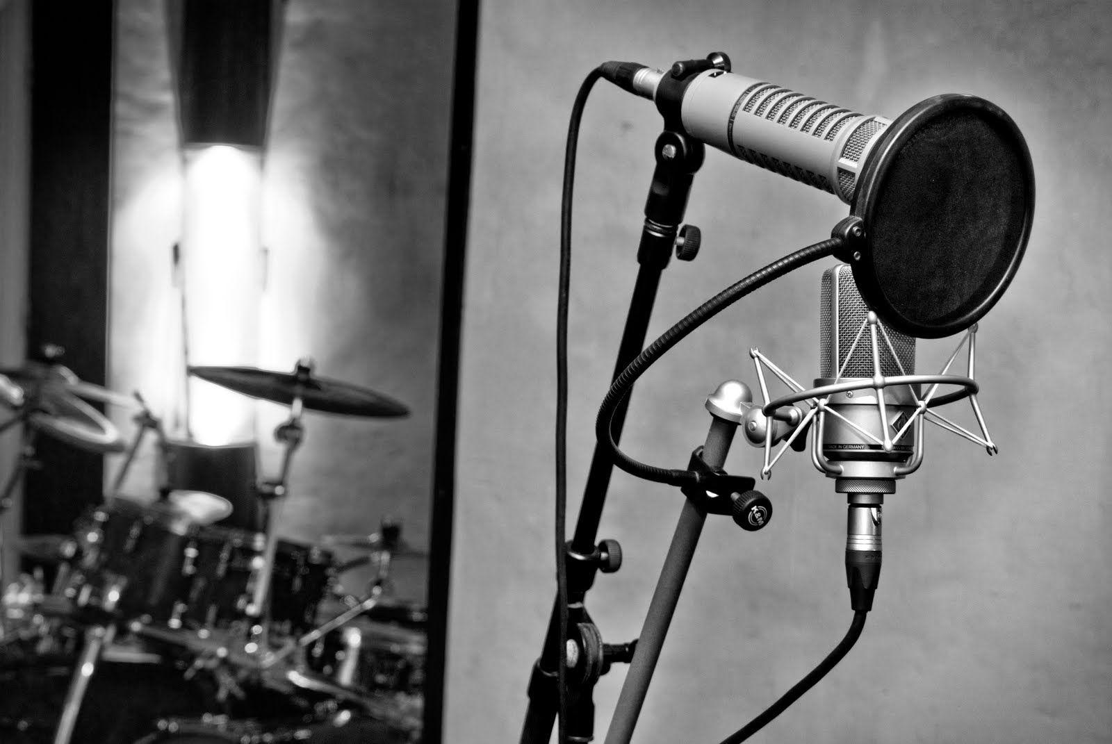 studio d 39 enregistrement mixage marseille photos du studio medusaprod pinterest. Black Bedroom Furniture Sets. Home Design Ideas