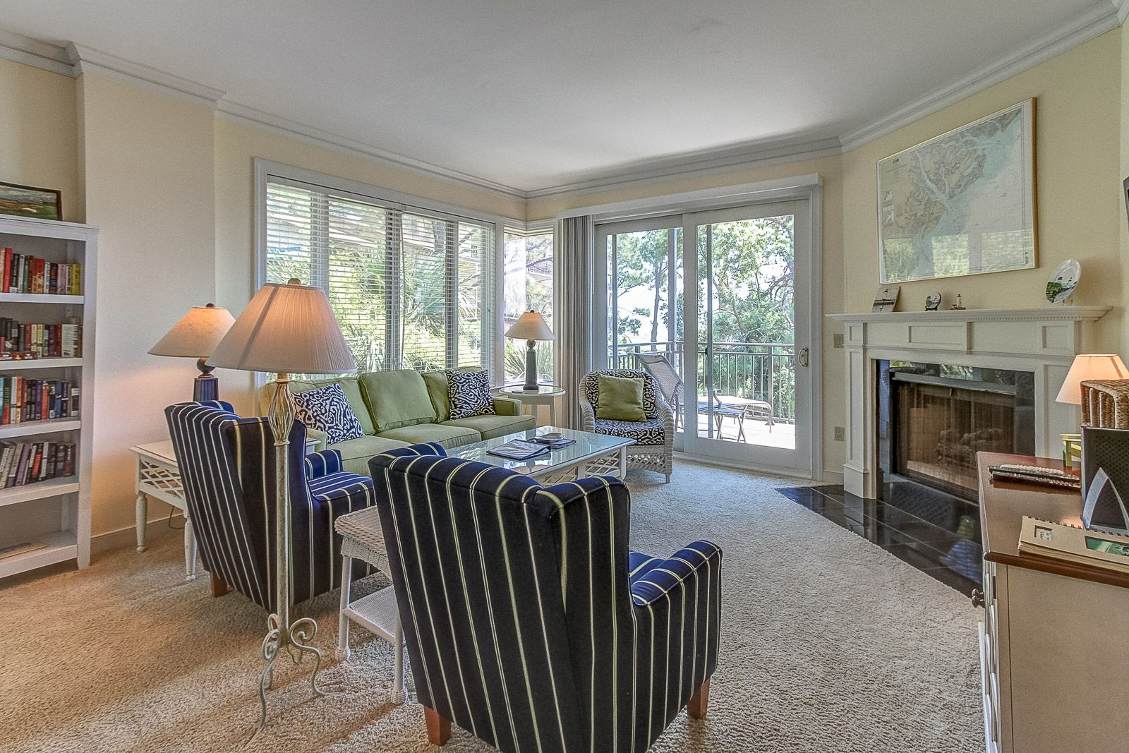 Located On The 2nd Floor 1909 South Beach Club Has Stunning Views Of The Calibogue Sound This 3 Bedroom 2 5 Bath South Beach Clubs Luxury Homes South Beach