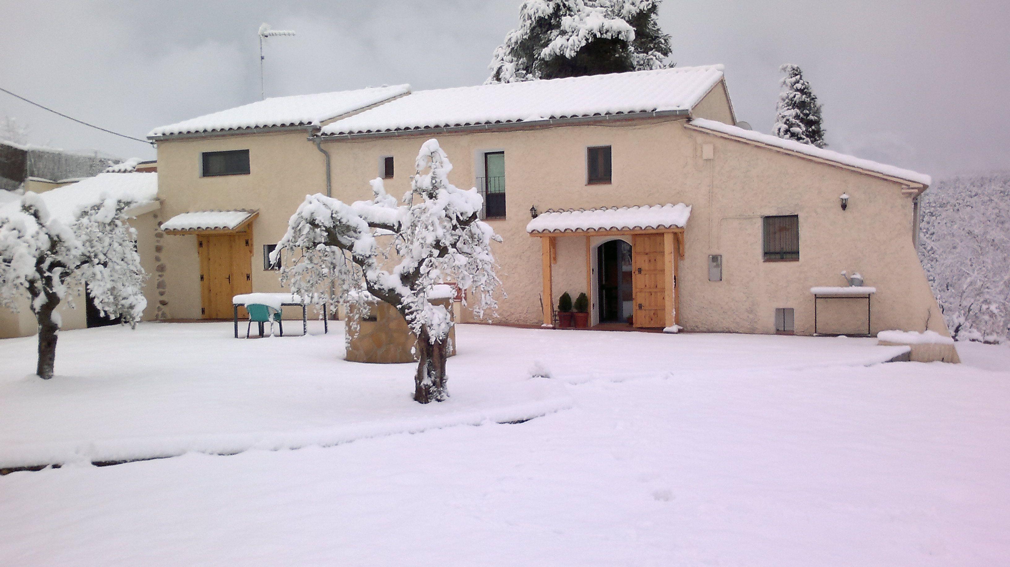 Masia Can Pascol Turisme Rural, Pontons.
