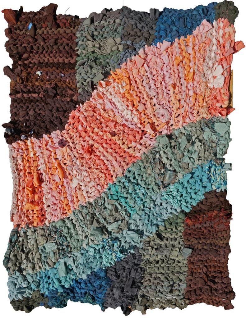 Pink Swish Rag Rug Rag rug, Knit rug, Rag rug tutorial