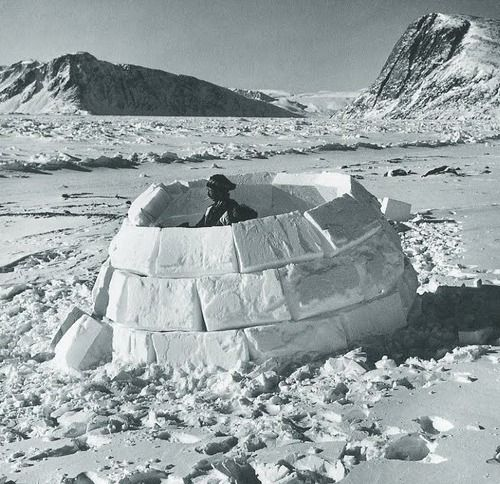 Real inuit igloo