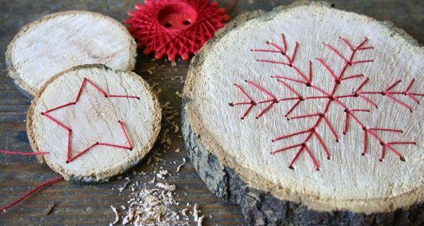 Baumscheiben mit fadengrafik xmas craft and noel - Basteln mit baumscheiben ...