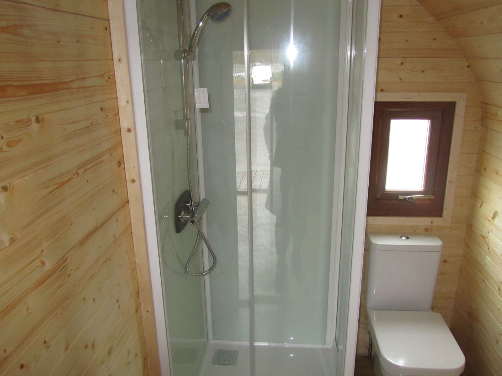The Kineprime Shower Cubicle Compact Self Contained And