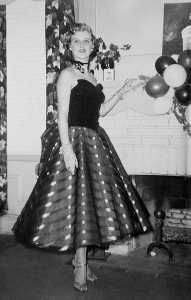 Pin On Vintage Fashion Paper Dresses