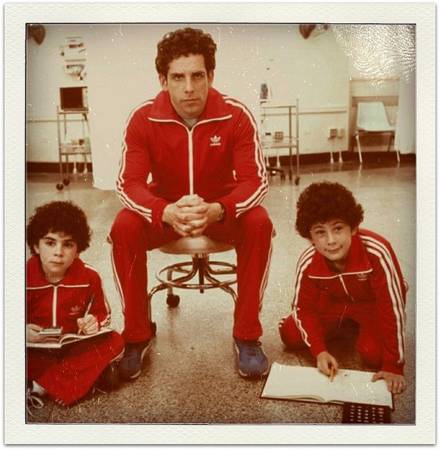 Grant Rosenmeyer, Ben Stiller, and Jonah Meyerson from THE ROYAL TENENBAUMS. wes anderson, such a good movie