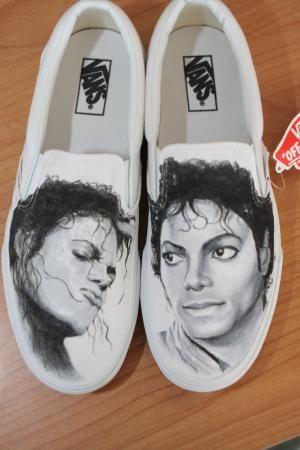 Shoes and Sneakers en 2020 | Michael jackson, Jackson, Fotos