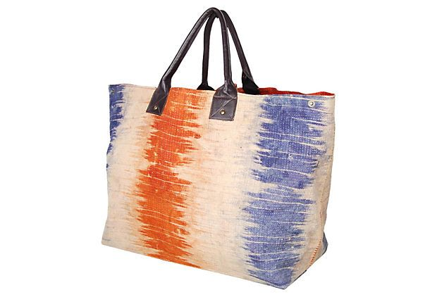 This bag would go in the tote rotation.