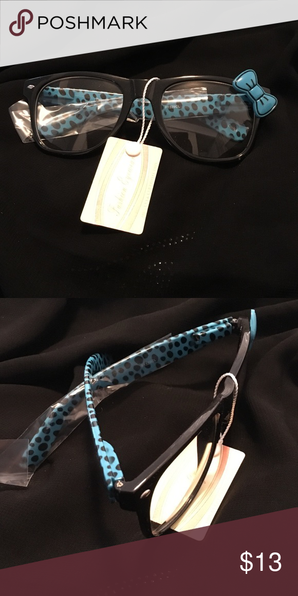 🎀Hello Kitty Glasses New Blue / Black Frame Clear Lense Blue and Black Bow Fast Ship 🚀New Hello Kitty Accessories Glasses