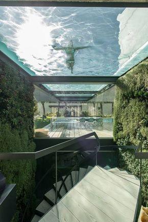 Una casa minimalista con una gran sorpresa Escaleras minimalistas