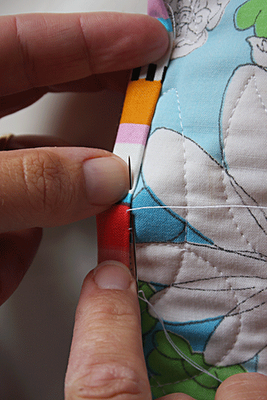 """Someone said: """"The best instructions i've found for how to bind a quilt."""" Worth a look."""