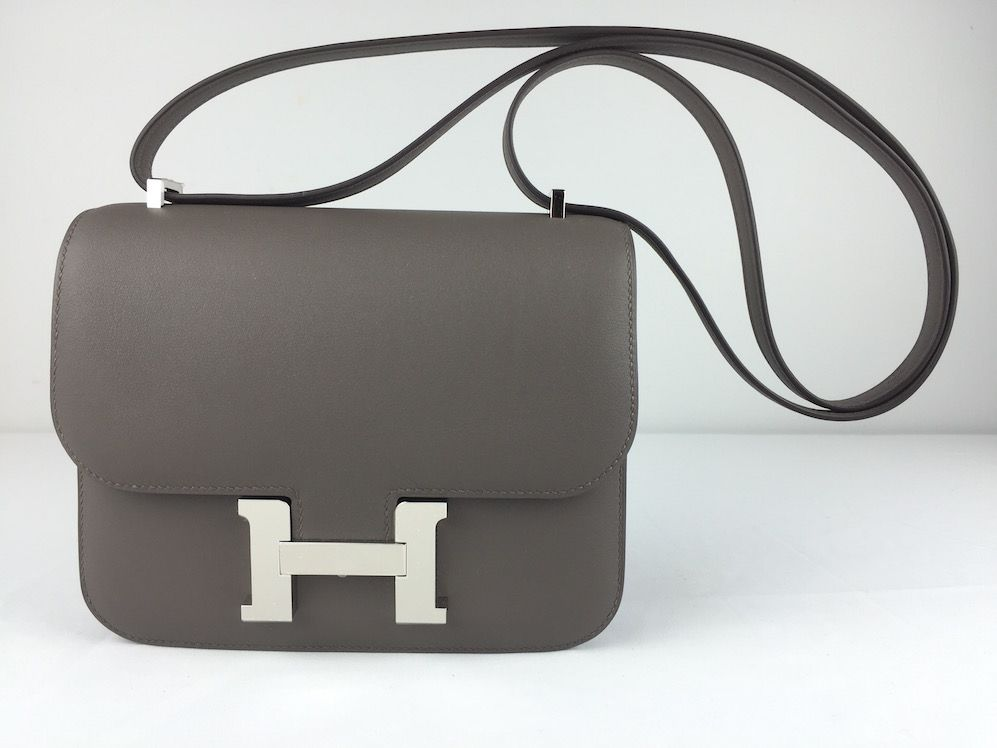 e4ccb27d8529 Hermes Mini Constance 18 cm