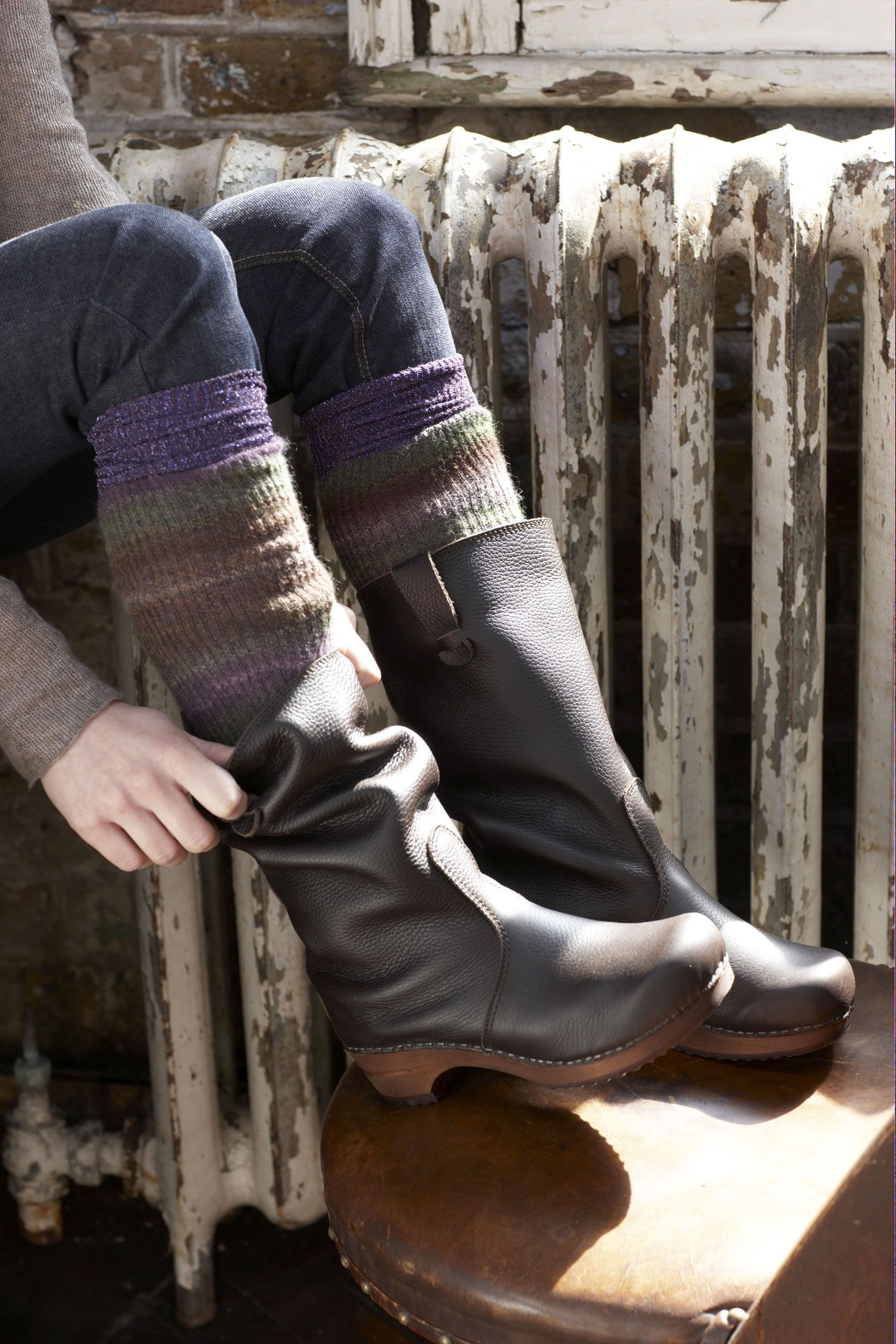 Swedish Clog Boots-I am on a mission to find this kind of clog boot
