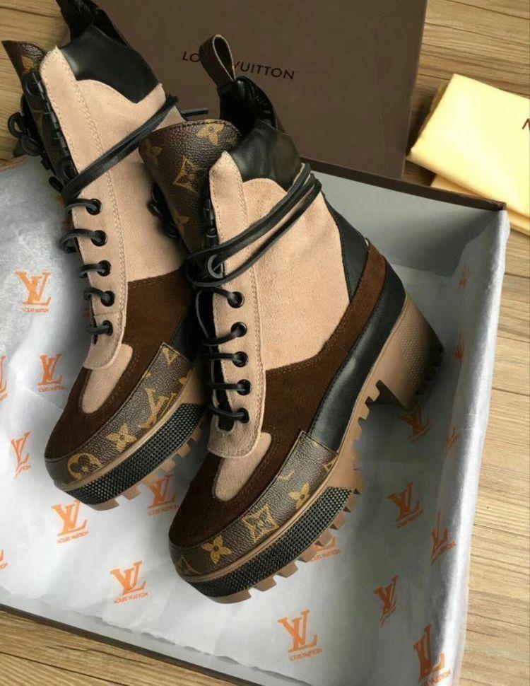 127effd41157 pinterest    nandeezy † Lv Boots