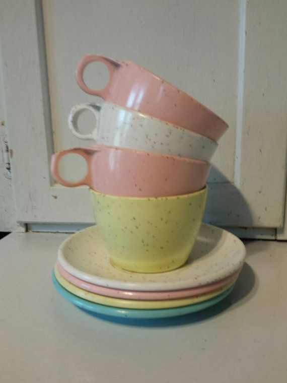 Set Of 4 Vintage Imperial Ware Pastel Confetti Speckled Melmac Melamine Cups And Saucers & Set Of 4 Vintage Imperial Ware Pastel Confetti Speckled Melmac ...