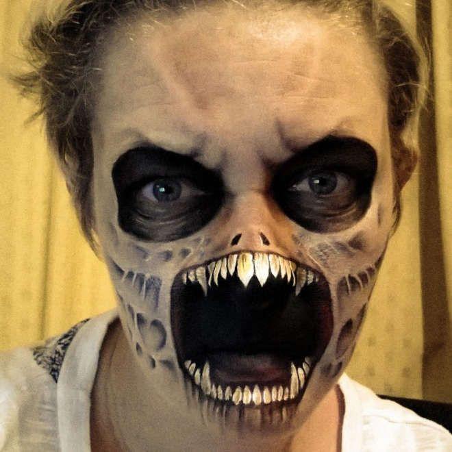 Pour halloween on a trouv le maquillage le plus flippant au monde troublant flippant - Maquillage zombie homme ...