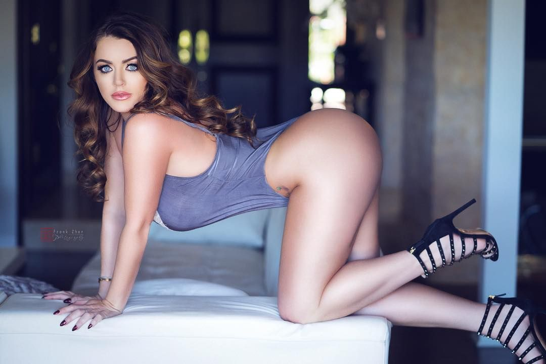 Thinking Naughty Thoughts Clubsophiedee Com Women
