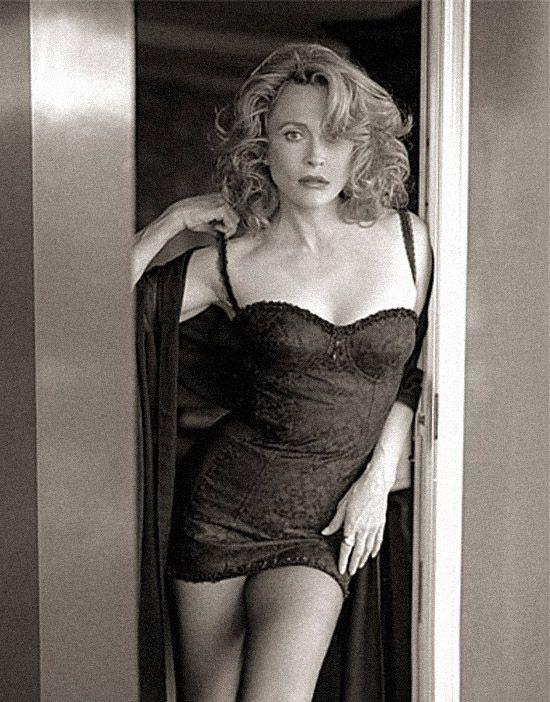 Faye Dunaway hot - Cerca amb Google   Faye dunaway, Faye dunaway movies,  Celebrities