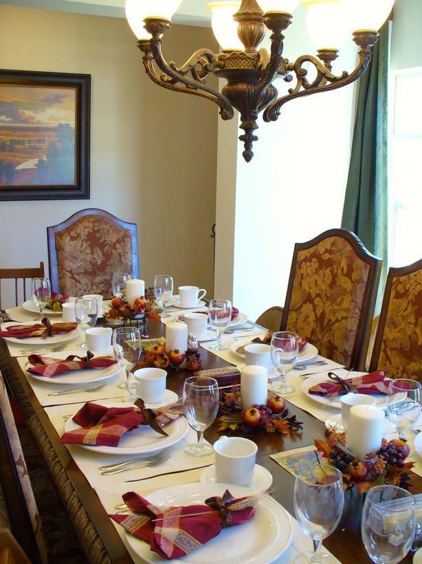 You Donu0027t Have To Buy Brand New Dinnerware To Create A Beautiful  Thanksgiving Table. HGTV Fan Topped Simple White Plates With Crimson  Napkins For A Splash ...
