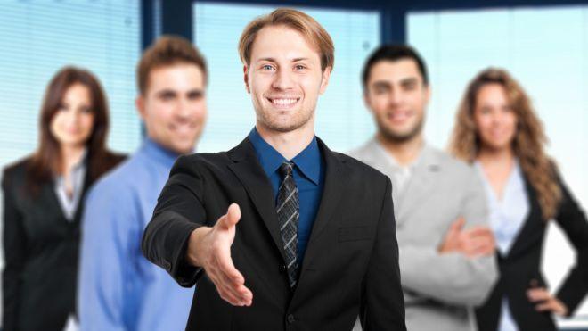 """På Forbes Under 30 topmøde i Philadelphia, fem unge bosser delte hvad har fungeret, og hvad der ikke gør, når det gælder håndtering af mennesker. """"Denne følelse du taler om - derfor er en boss suger. Man føler sig altid utilstrækkelig, uanset hvad du foretager dig,"""" sagde Taranto. Relaterede stillinger: http://theshearingroups.org/ http://theshearingroups.org/news/"""