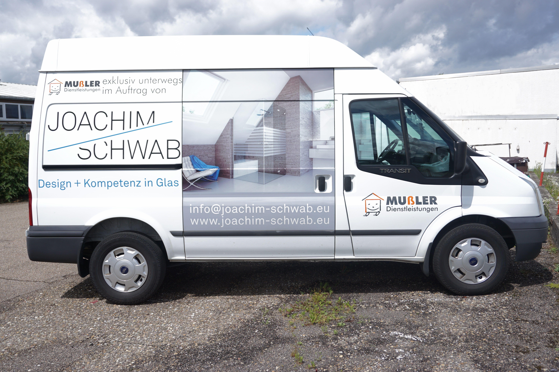 Fahrzeugbeschriftung Mit Digitaldruckaufkleber Und Geschnittenen