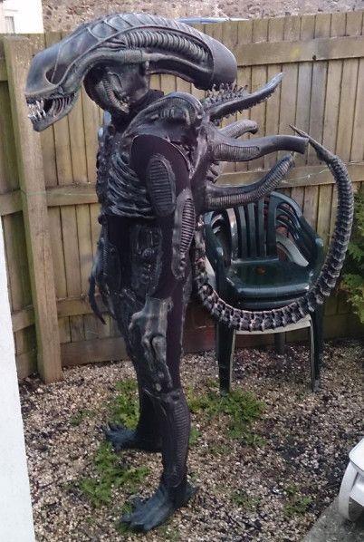 Xenomorph Costume | props | Xenomorph costume, Alien cosplay