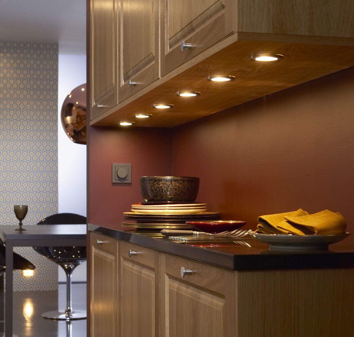 50+ Kitchen Under Cabinet Lighting Ideas - Small Kitchen Renovation ...