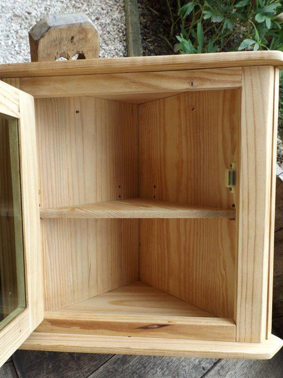 petit meuble d angle en bois vintage