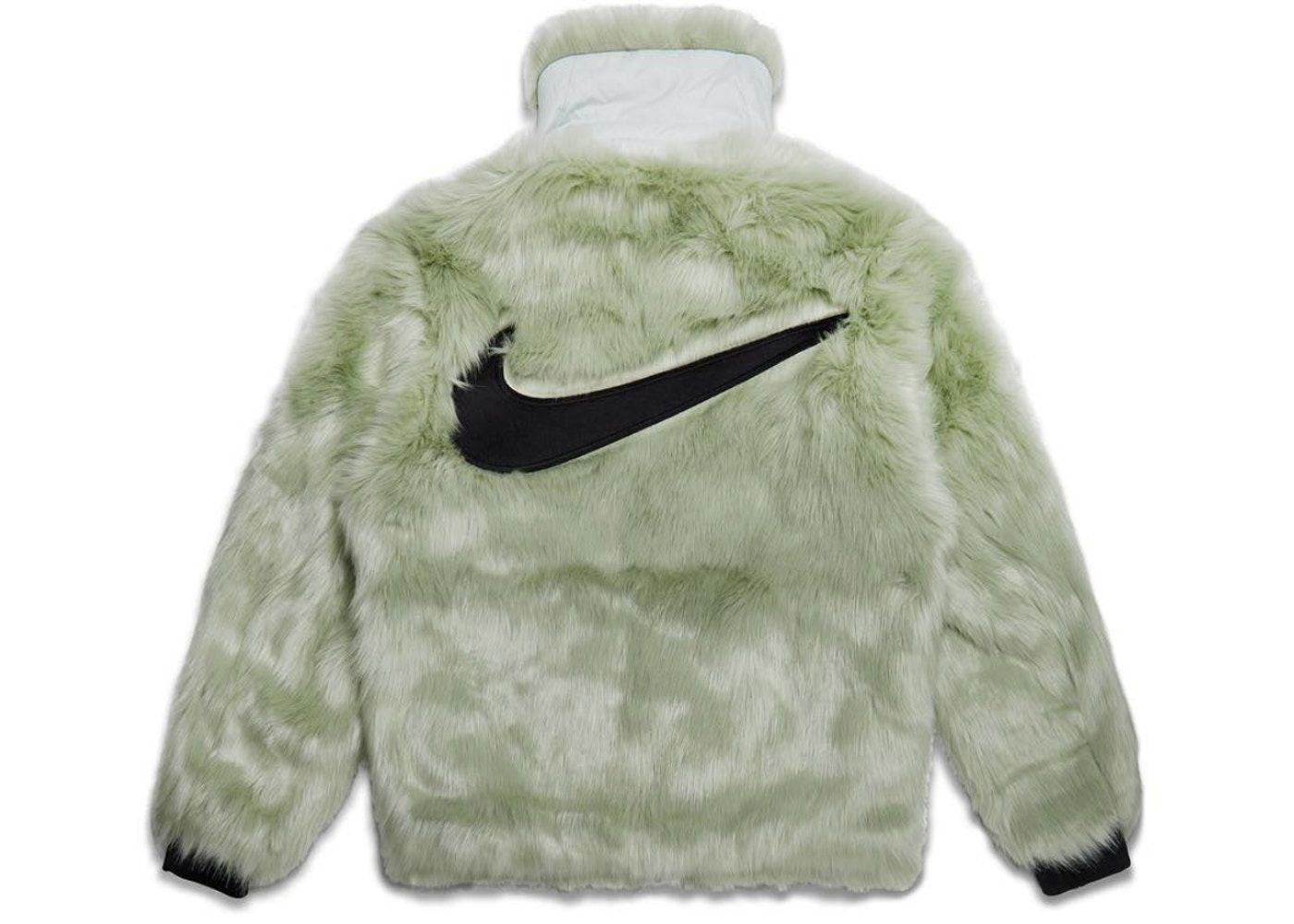 Predownload: Nike X Ambush Women S Reversible Faux Fur Coat Jade Horizon Black In 2021 Reversible Faux Fur Coat Faux Fur Coat Fur Coat [ 1000 x 1400 Pixel ]