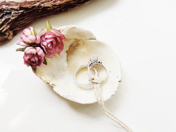 Seashell Shell Ring Bearer Bowl Dish Wedding Ring Holder Pillow