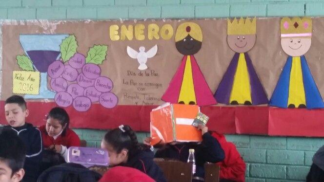 Peri dico mural escolar de enero pinteres for Diario mural escolar