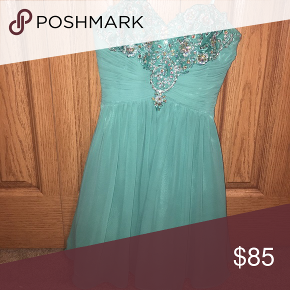 Cute ocean blue dress no beads missing Super cute homecoming dress Dresses Prom