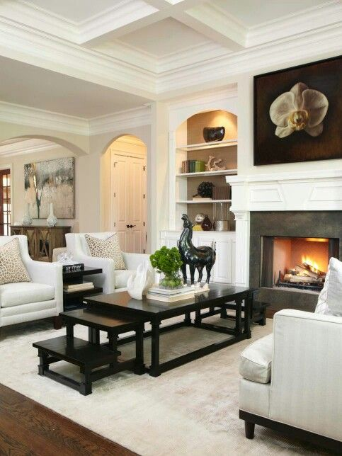 From The Hgtv Photo Gallery Transitional Living Room Design Transitional House Transitional Living Rooms