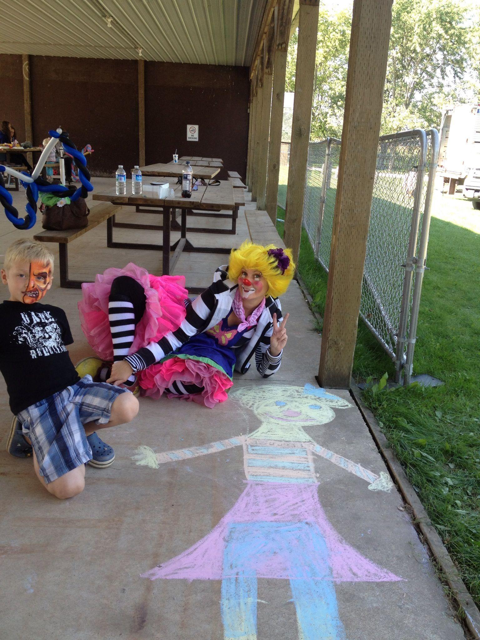 Clown in chalk!