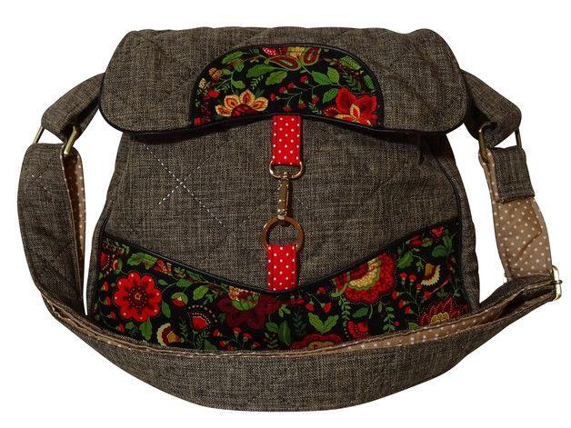 """*Umhängetasche Heidi*  Genäht aus dem traumhaften, robusten, abgesteppten Farbenmix-Taschenspieler Stoff, kombiniert mit einer feinen Baumwolle von Timeless Treasures aus der Serie """"Jacobean..."""