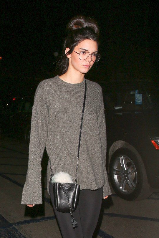 561d4d46de Kendall Jenner-obsessed with her glasses