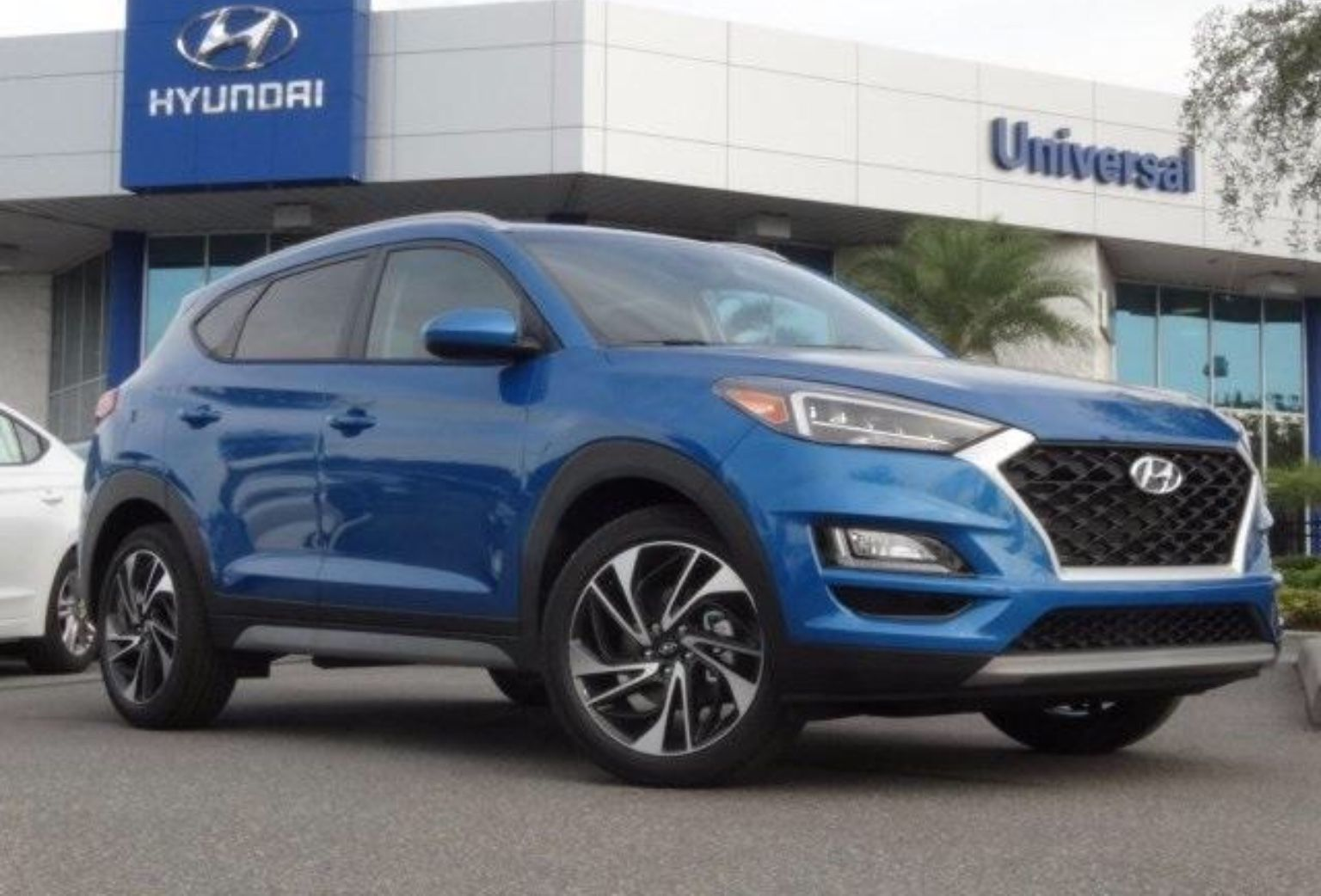 The allnew beautiful 2019 blue Hyundai Tucson Sport