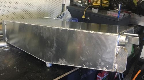 Jsm Provide Cheap Rates All Alloy And Stainless Welding Boat Repair And Mods Boat Fuel Tank Boat Tanks Bait Board Boat Tanks Bait Tank Stainless Welding