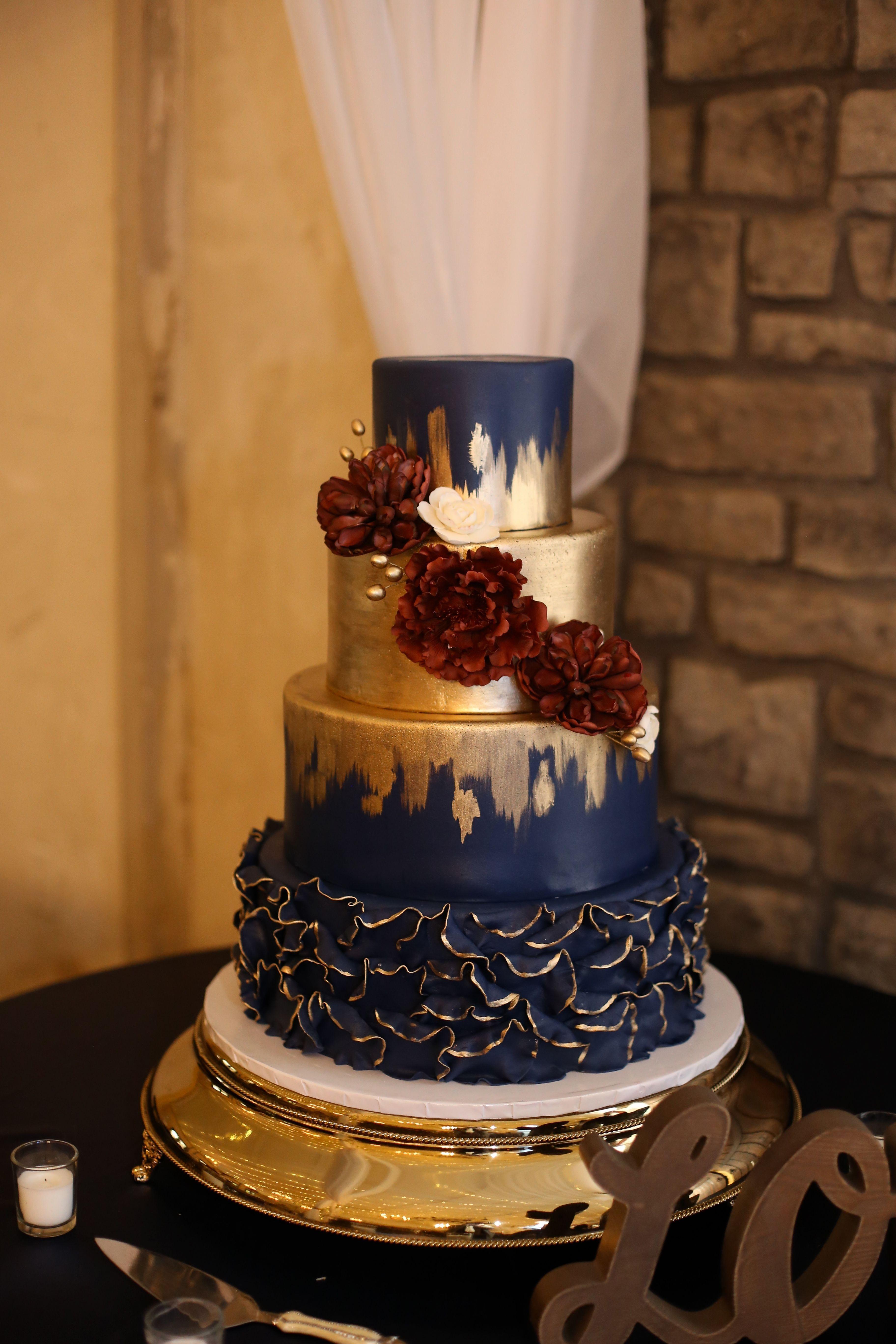 Navy Wedding Cake Navy Wedding Cake In 2020 Wedding Cakes Blue Gold Wedding Cake Burgundy Wedding Cake