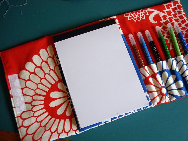 Finished | Tutorials, Pen case and Craft